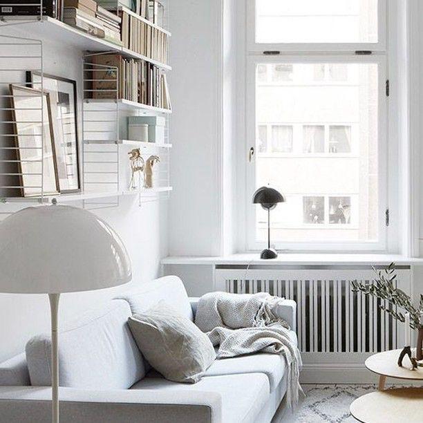 @Regrann from @wohnklamotte - Metallregale liegen gerade voll im Trend und finden sich an vielen Wänden. Auch bei Euch? ©sfgirlbybay.com  #wohnklamotte #livingroom #weiß #white #interior #wohnen #living #einrichtung #inneneinrichtung #zimmer #raum #interior #dekoration #deko #inspiration #inspo #germaninteriorbloggers #interior123 #interior4you #interior2you #interiorlove #blogger_de #letusinspireyou #getinspiredbyus
