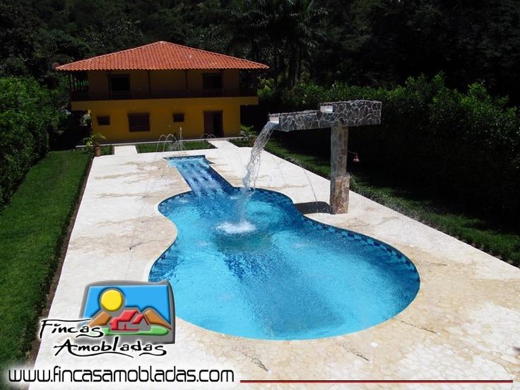 Villa Guitarra. Tel: 418 0212 - 312 778 1644