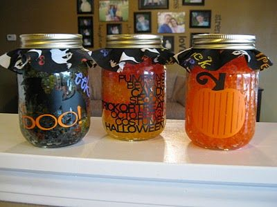 Smelly Jellies - super easy to make, & they smell so good!   You can just set the jars out or you can use the the jelly  in a potpourri warmer for a stronger fragrance.: Crafts Ideas, Food Colors, Gifts Ideas, Mondays Halloween, Halloween Smelly, Snap Crafts, Gingers Snap, Smelly Jelly, Monsters Mondays