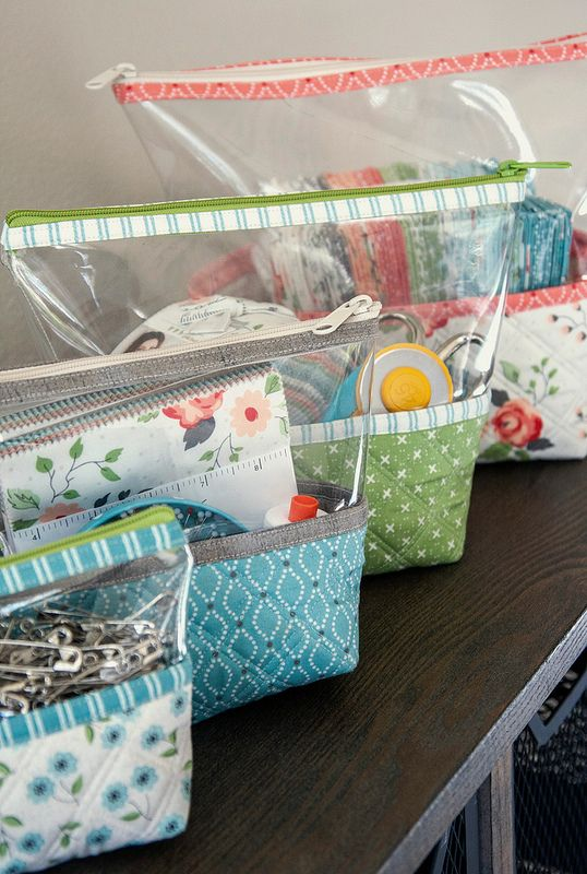 Hello Pouches by Kaitlyn of Knot and Thread Designs. Fabric is Nest by Lella Boutique for Moda Fabrics (shipping March 2018).