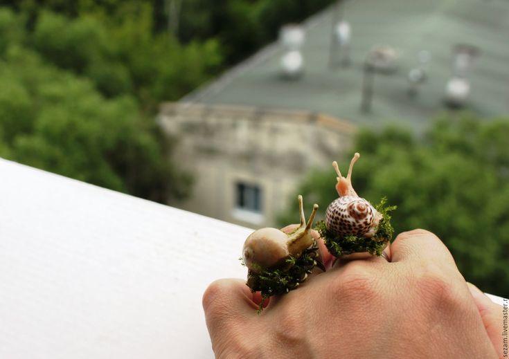 Купить Улитковое кольцо - оливковый, улитка в подарок, улитки, кольцо ручной работы, купить в москве
