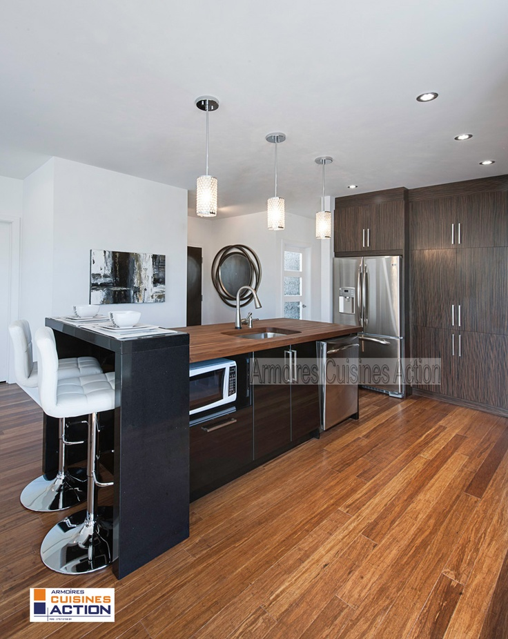 Une cuisine en placage de bois et en thermoplastique une for Placage cuisine