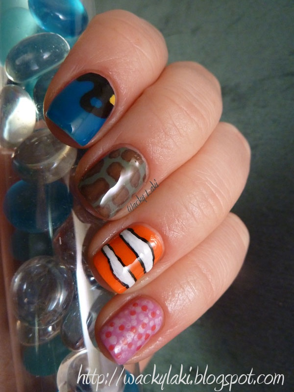 Finding Nemo nail art!!!! I'm in love!!