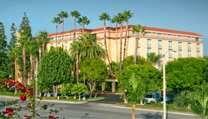 35 best pretty great weekend getaway at embassy suites in for Weekend getaway los angeles area