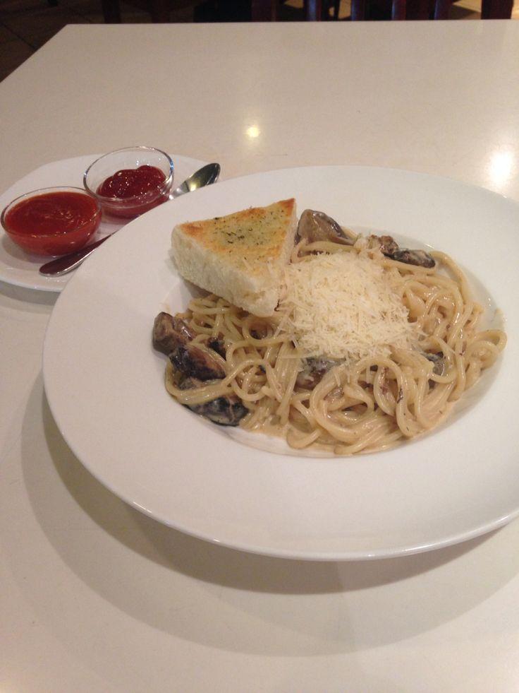 Spaghetti mushroom