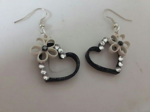 Quilled heart earing