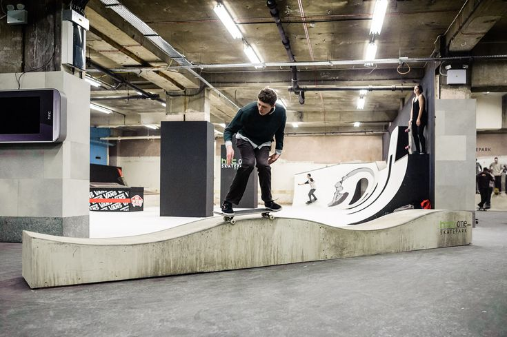 inside_the_htc_one_skatepark_at_selfridges_11.jpg (1400×932)