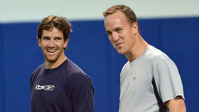 Peyton and Eli Manning need no help from Dad | MATCH-UP IN WEEK #2 OF THE REGULAR SEASON,CAN'T WAIT...