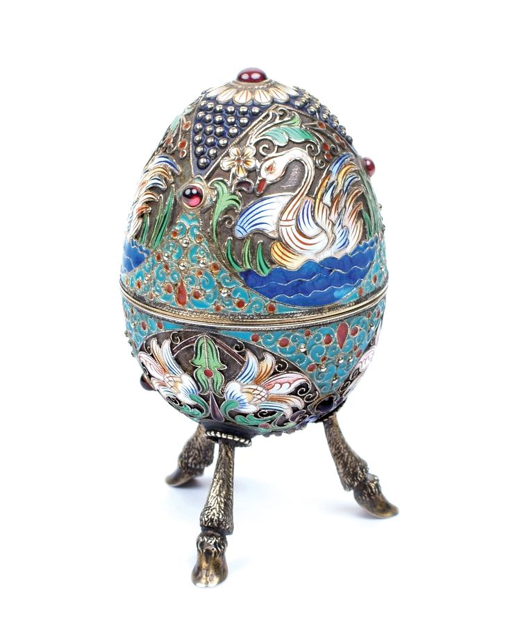 A Russian silver-gilt and Cloisonné enamel egg -  Moscow, 20th century  Lot 575