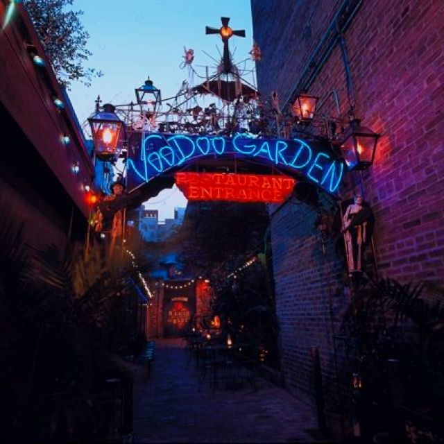 Voodoo Garden, New Orleans. Find out the real story with a tour from Witches…