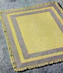 vintage crochet rug pattern  Would make a cute bath mat.  Free Pattern