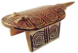 Suiá stool, Brazilian natives from Xingu region,