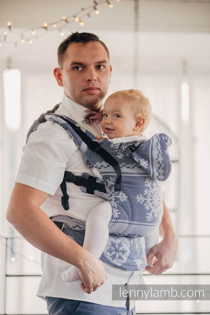 ERGONOMIC CARRIER, BABY SIZE, JACQUARD WEAVE 80% COTTON, 20% MERINO WOOL - WRAP CONVERSION FROM WARM HEARTS NAVY BLUE & WHITE