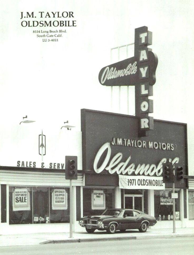 192 best Old Auto Dealers images on Pinterest | Vintage cars ...