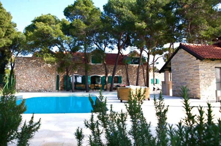 Villa With Tennis Court And Swimming Pool For Rent In Brac Island - Croatia http://villastivan.charmeholidays.com/