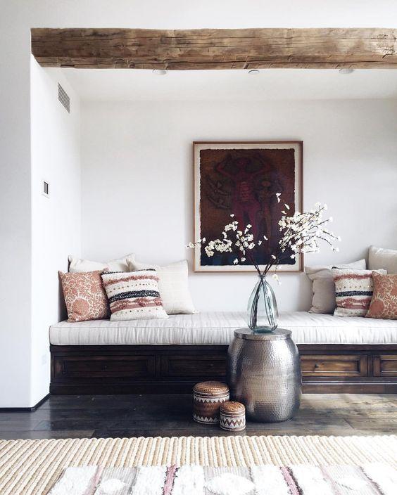 Original source: https://www.instagram.com/p/BFZ-w6RoJ-1/ | Nooks and Crannies: Tiny, Cozy Spaces to Get You Through Winter |