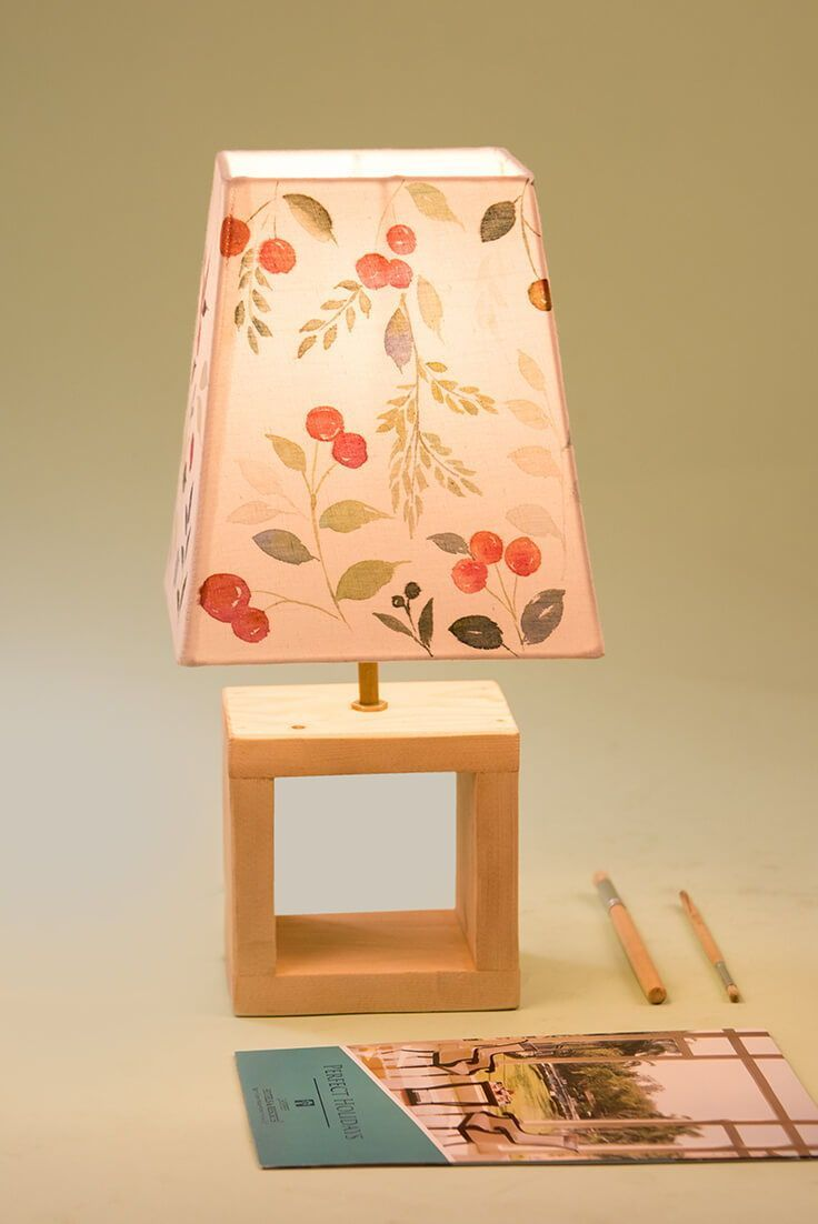 Handmade Table Lamp For Living Room Fabric Lampshade With Wooden Stand Creative Handmade Lampshade Add In 2020 Floral Lampshade Painting Lamp Shades Handmade Table