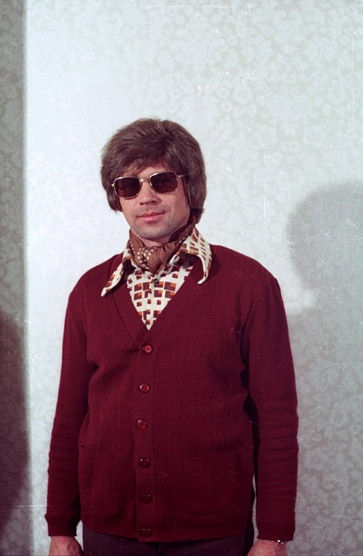 Once-classified photos of East German spies trying on different disguises. / amazing, kind of scary, and hilarious