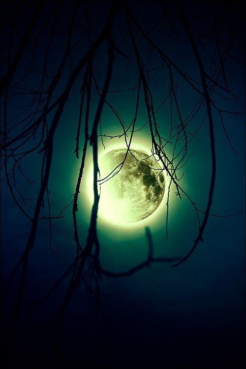 ♥ glowing moon