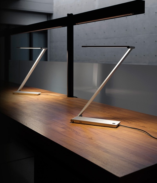 Be Light Table