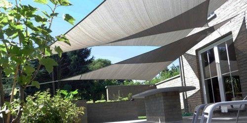 Voiles d\'ombrage ajourées triangulaires   Toldos   Pinterest