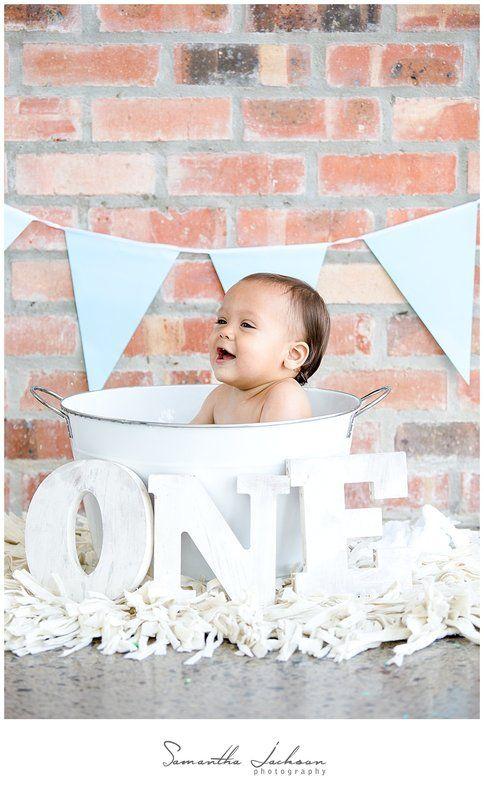 #cakesmash #firstbirthdayideas #firstbirthday #birthdaycelebratoins #milestone #capetownphotographer #cakesmashphotographer #1stbdayideas #firstbirthday
