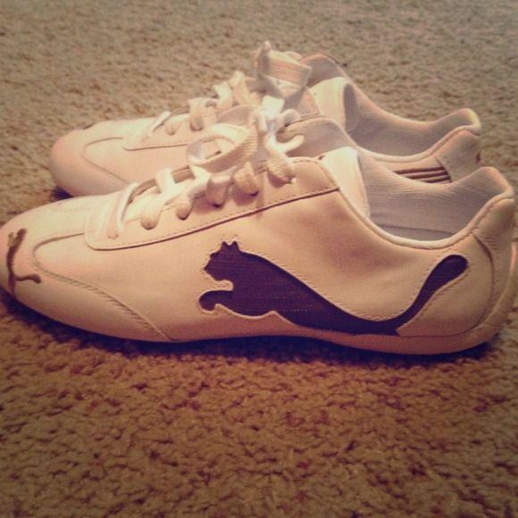 New ladies pumas White and gold pumas. Never worn. Puma Shoes