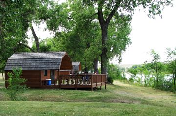 21 best images about go south dakota on pinterest jewels for Cabins near custer sd