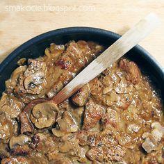 Smakocie i Łakołyki: Schab w sosie cebulowo-pieczarkowym