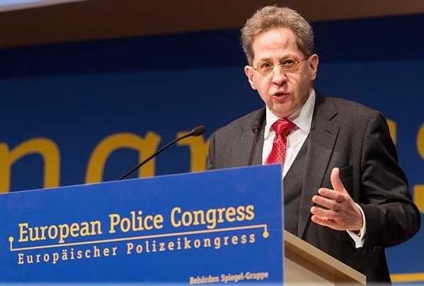 Circa 1600 de potențiali teroristi jihadiști se află în prezent în Germania a avertizat miercuri seful serviciului german de informatii interne Hans-Georg Maassen