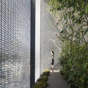 Optical+Glass+House+by++Hiroshi+Nakamura+&+NAP
