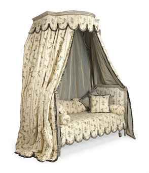 French (Louis 16th) Lit en chaire a precher (late 18th century, restored - bed has been made longer)