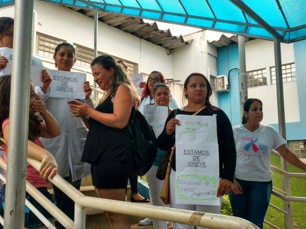 #News  Profissionais da rede de saúde paralisam atividades em Uberlândia