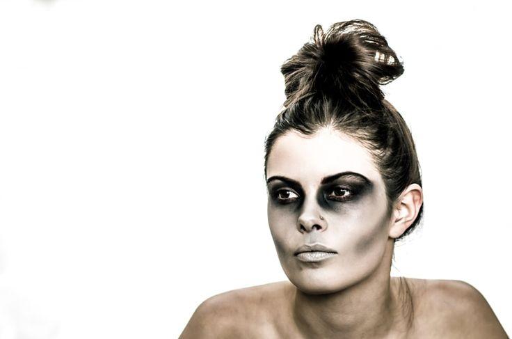 Kristen Skeleton Make-Up with Bun