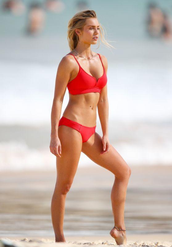 564a3256ae74b Elyse Knowles in Bikini - Photoshoot on Bondi Beach in Sydney ...