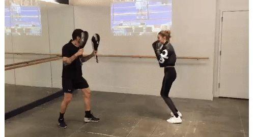 L'entraînement de boxe de l'Ange Gigi Hadid