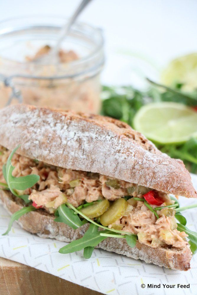 Pittige tonijnsalade met limoen en rode peper