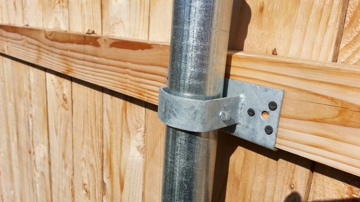 Convert Chain Link Fence To Wood Wood Boring Insects Yard Projects In 2019 Chain