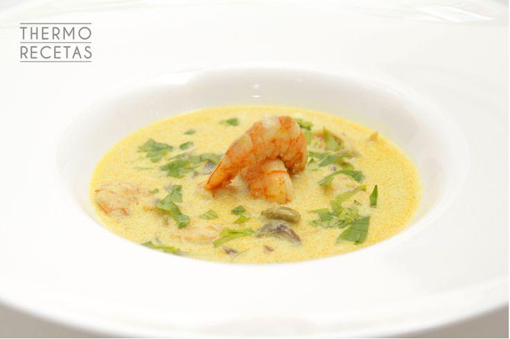 Curry de gambones estilo tailandés - http://www.thermorecetas.com/2014/10/13/curry-de-langostinos-estilo-tailandes/