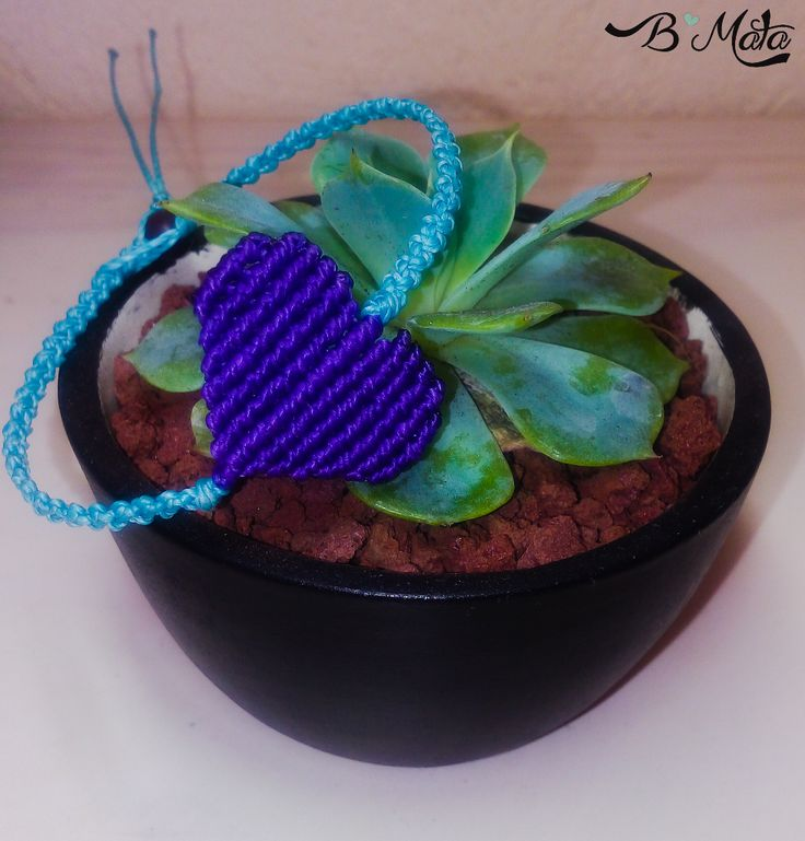 Heart macrame bracelet. Succulent pot