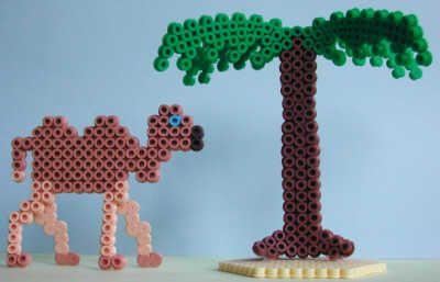 Camel and  a palmtree Nabbi beads by Emos Pärlkonst