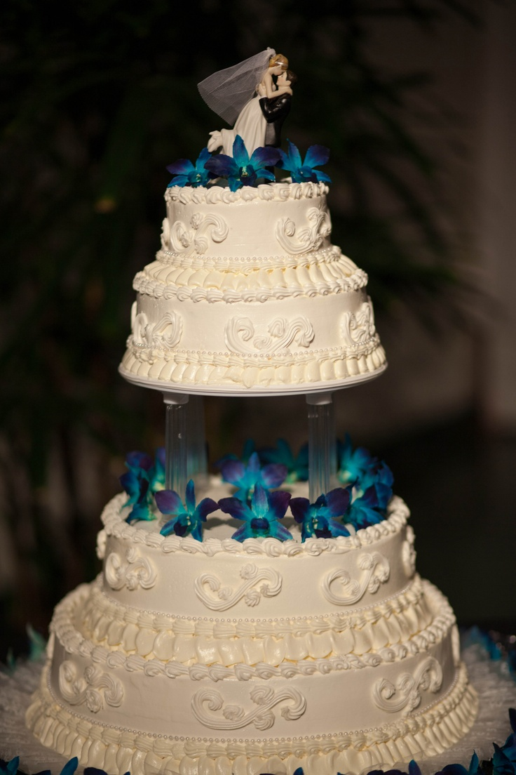 wedding cakes turquoise and purple 17 best images about my peacock wedding on 25793