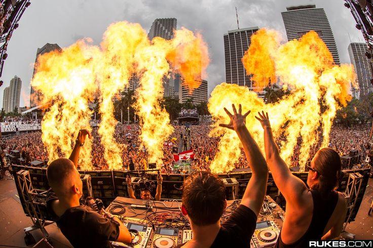 Martin Garrix - Live at Ultra Music Festival (Miami, United States) 29.0...