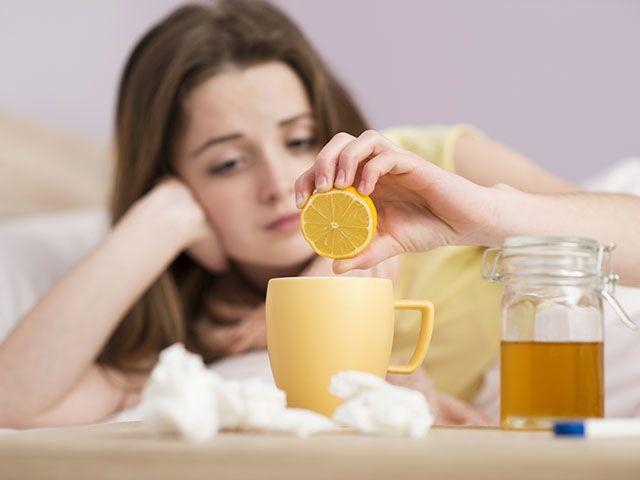 A leghatásosabb gyógynövények megfázás ellen. Most megismerhetsz néhányat a számtalan gyógynövény közül melyek segítségedre lehetnek megfázás esetén.