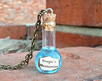 Snape's Memories Potion Bottle Necklace, Glass Bottle Charms, Harry Potter Potions, Harry Potter Jewelry, Severus Snape, Always Snape
