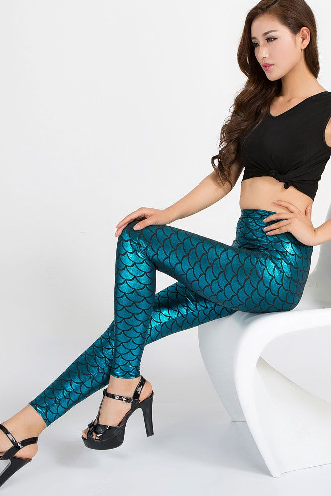 Cyan Metallic Scales Leggings