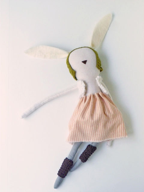 Eco friendly toy, soft toy, flannel bunny,via Brichopas about toys.