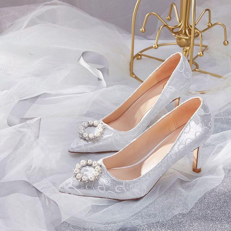 Charming Silver Wedding Shoes 2019 Pearl Rhinestone With Lace Uroczy Srebrny Buty Slubne 2019 Perla Rhinestone Wedding Shoes Fun Wedding Shoes Bride Shoes