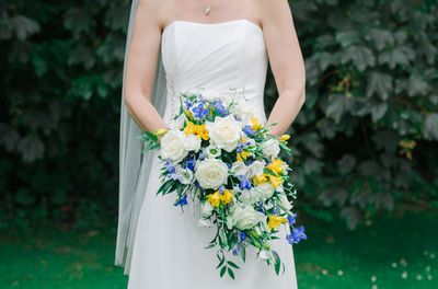 bridal bouquet, brides flowers, blue and yellow wedding flowers, Kent wedding photographer - Michelle Cordner photography - Kent wedding photographer - michelle cordner photography blog