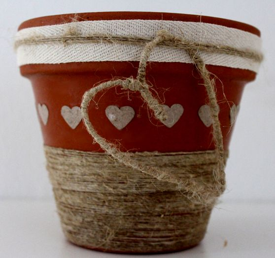 17 best images about idee di cuore ideas of heart on - Decorare vasi terracotta ...